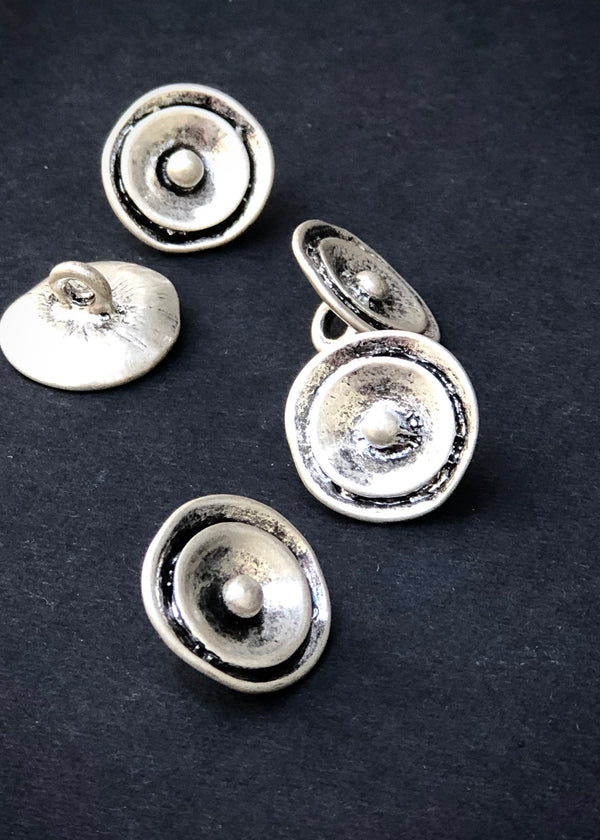 Metal Buttons -  Antique Silver Flower 17mm