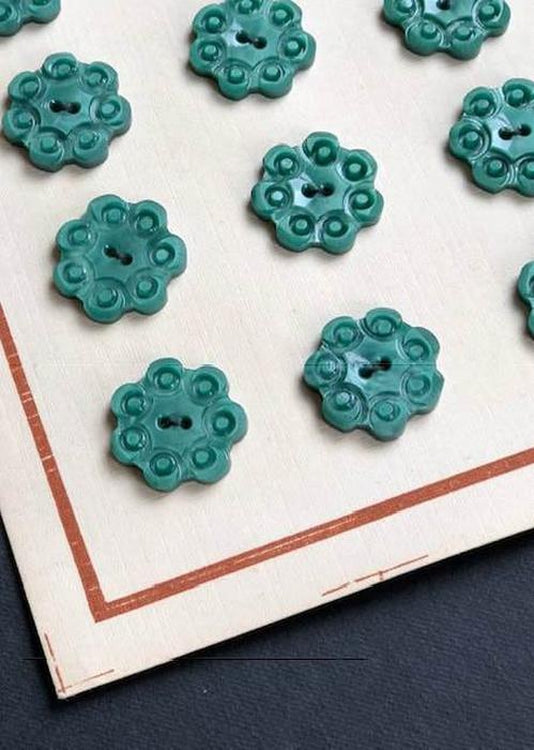 Vintage Buttons, Green. 18mm