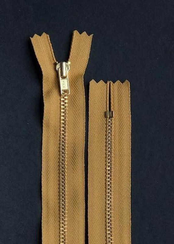 18cm.  YKK Metal, Brass, Closed End Zip -Gold