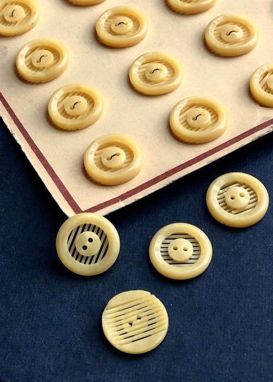 Vintage Buttons. Grill Yellow. 17mm