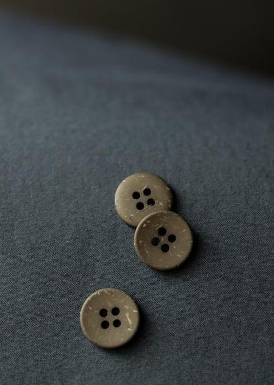 Olive Speckles Button 18mm