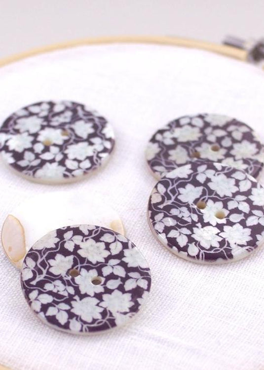 Black and White Peonies - Shell Buttons 30mm