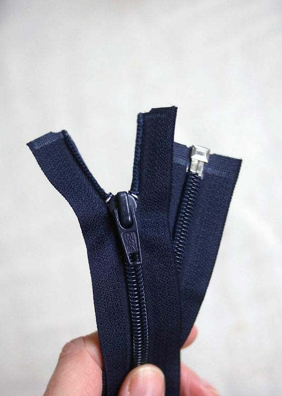 56cm / 22in.  Open Ended Zip.  Black, Navy or White