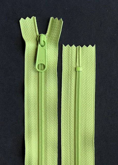 YKK Long Pull Closed End Zip, Apple Green