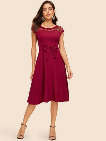 70s Bow Front Cutout Yoke Dress