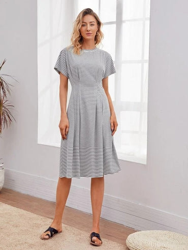 Women Batwing Sleeve Pleated Waist Striped Dress