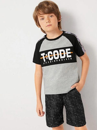 Boys Letter Raglan Sleeve Tee & Shorts Set