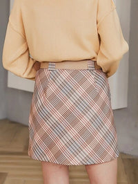Women Buckle Belted Tartan Skirt