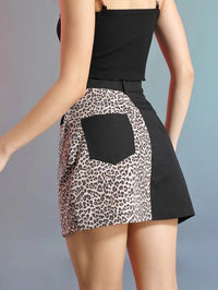 Women Color Block Leopard Skirt With Chain