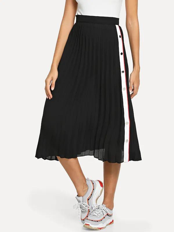 Contrast Snap Button Side Pleated Skirt