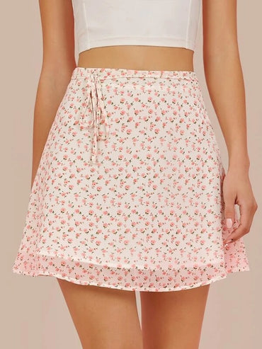 Women Ditsy Floral Print Belted Chiffon Mini Skirt