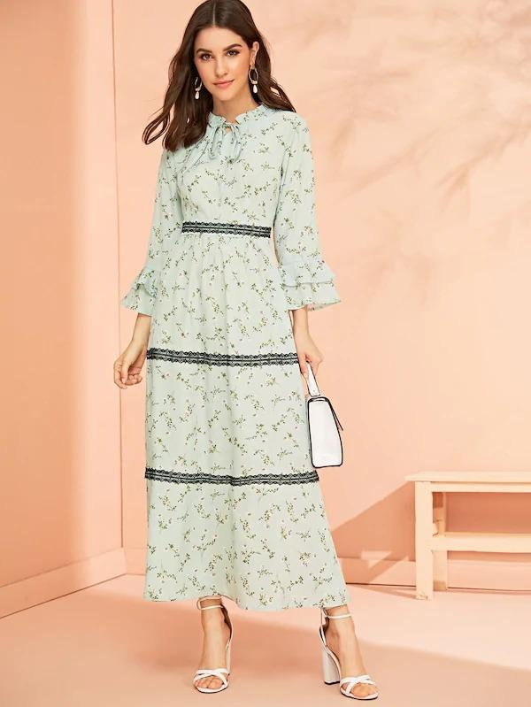 Ditsy Floral Lace Contrast Layered Sleeve Dress