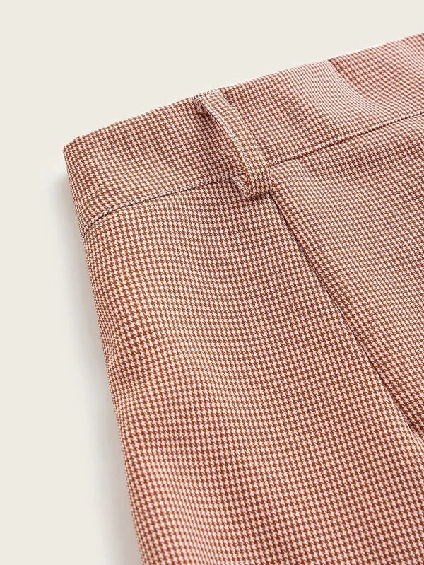 Women Fold Pleated Front Houndstooth Shorts