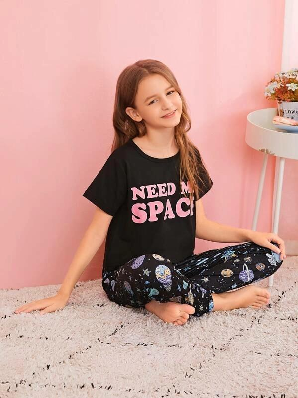 Girls Galaxy & Letter Print Pajama Set
