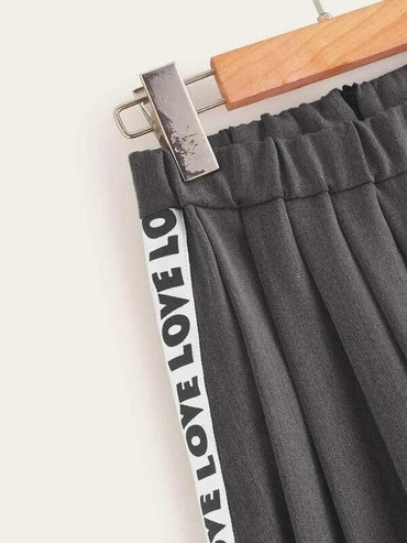 Girls Letter Tape Pleated Skirt