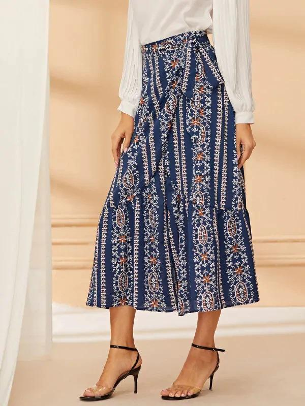 Graphic Print Knot-Side Wrap Midi Skirt