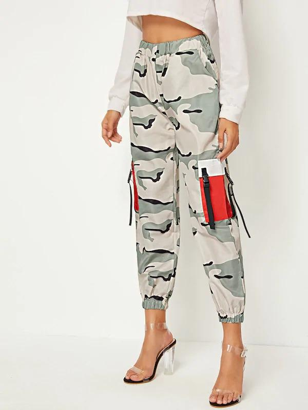 Pocket Side Camo Print Cargo Pants