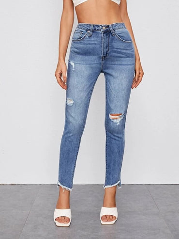Women Raw Hem Ripped Detail Jeans