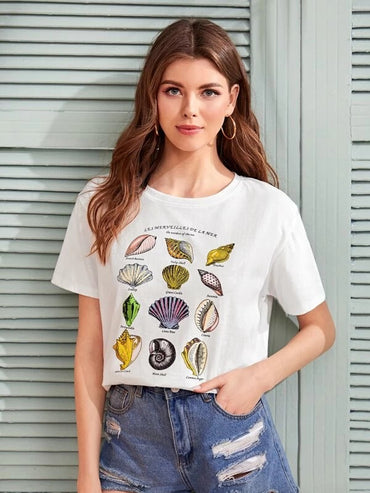 Women Shell & Letter Graphic Tee
