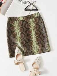 Women Snakeskin Print PU Leather Skirt