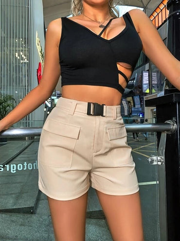 Women Solid Buckle Belted Cargo Shorts