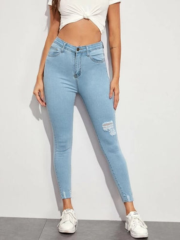 Women Solid Ripped Cropped Skinny Jeans