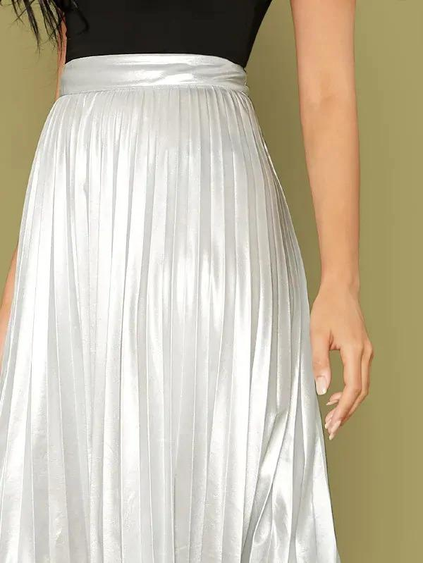 Wide Band Waist Pleated Metallic Skirt Without Belt