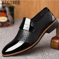 Men Dress Shoes Italian Designer Patent Leather Formal Shoes