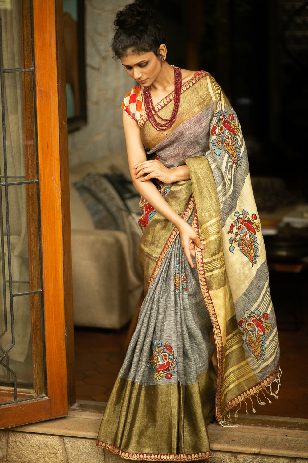 Grey Linen saree with tissue and maroon zari border and handpainted Kalamkari appliques - House of Blouse