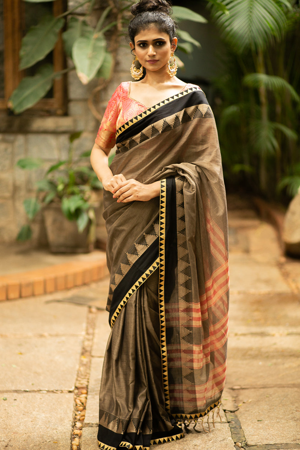 Greyish Narayanpet handloom cotton saree with black and zari temple border - House of Blouse
