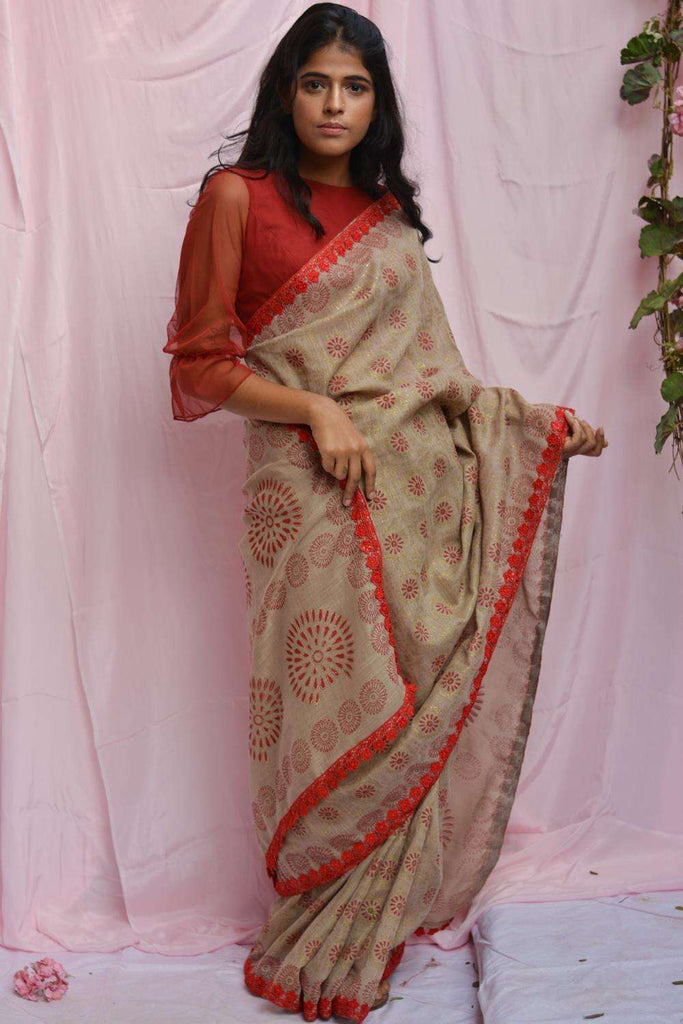 Beige soft linen saree with maroon and gold block print and red lace edging - House of Blouse