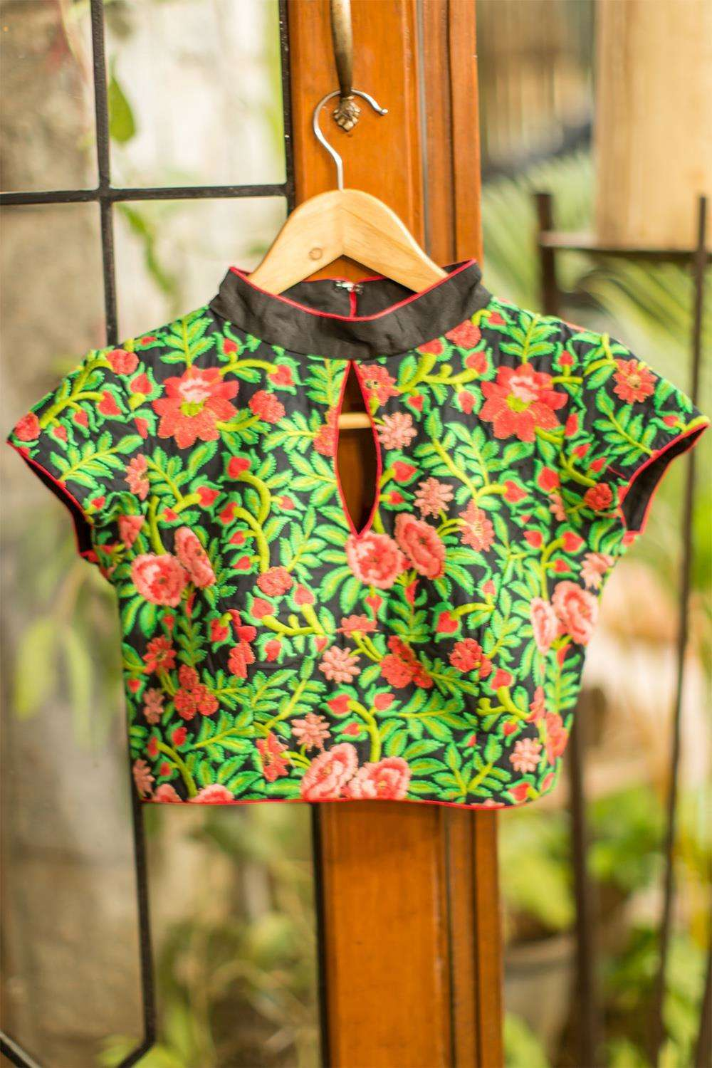 Black floral threadwork - high neck - House of Blouse