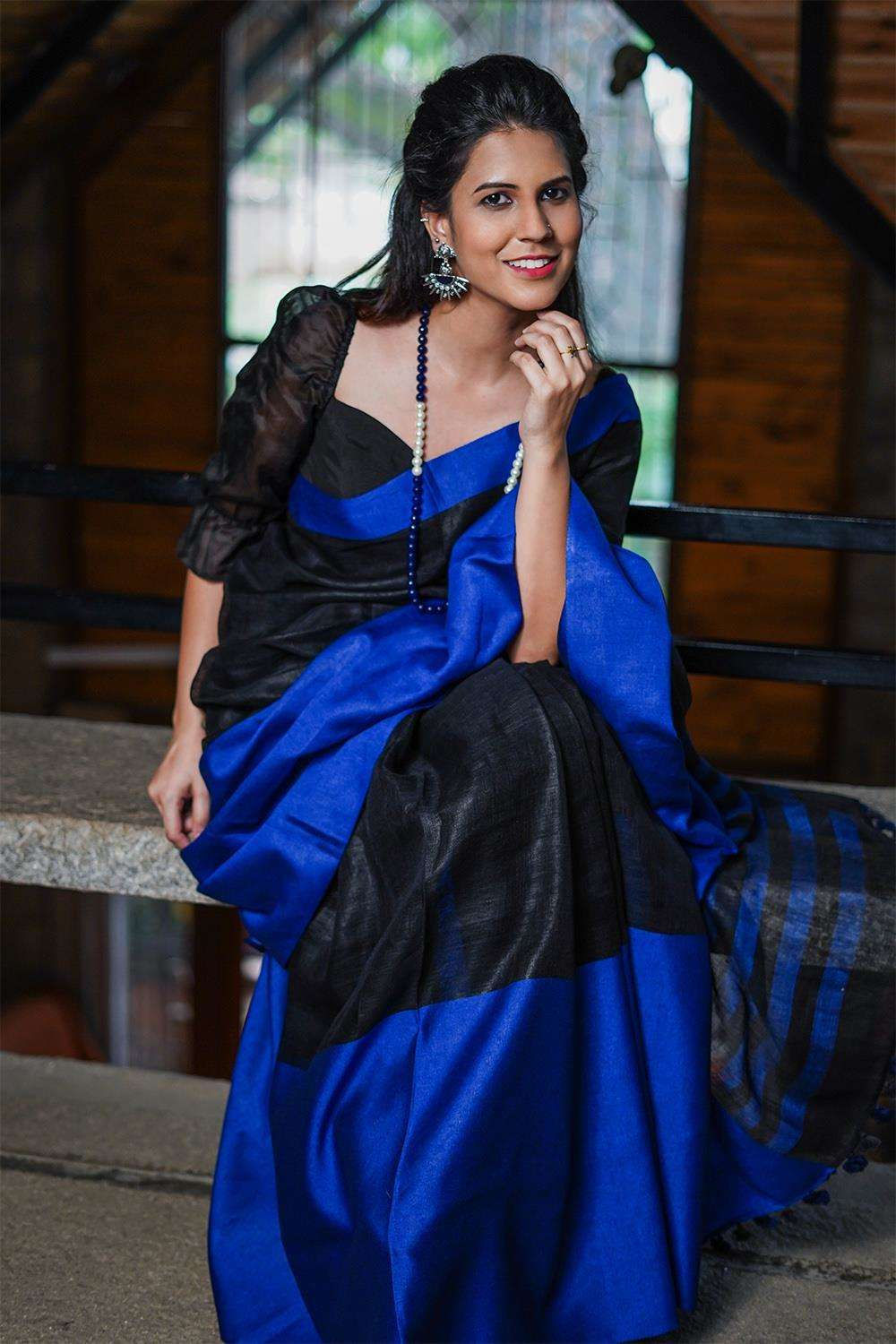 Black handloom linen saree with royal blue border - House of Blouse