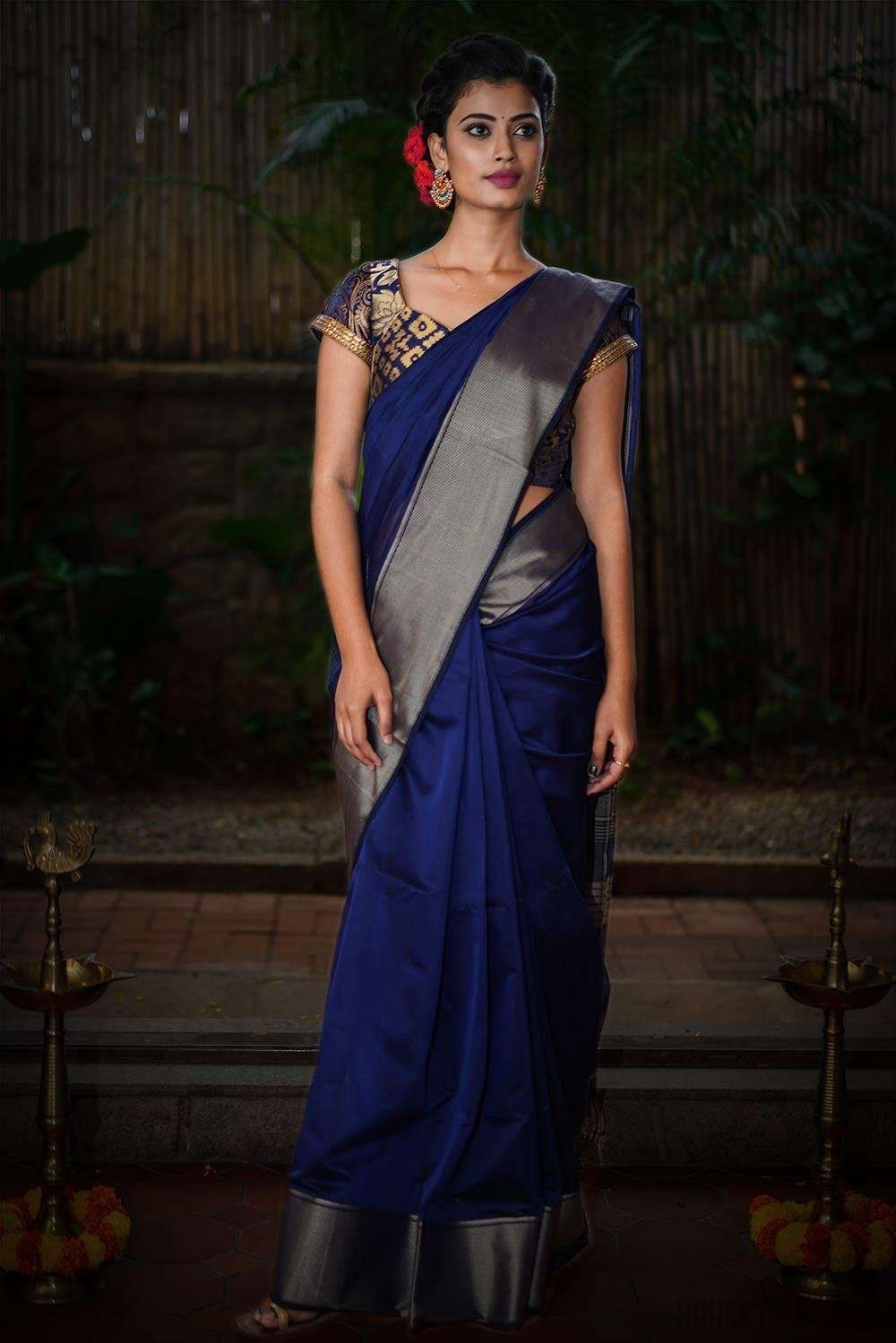 Ink blue Maheshwari silk cotton saree with silverish thread border