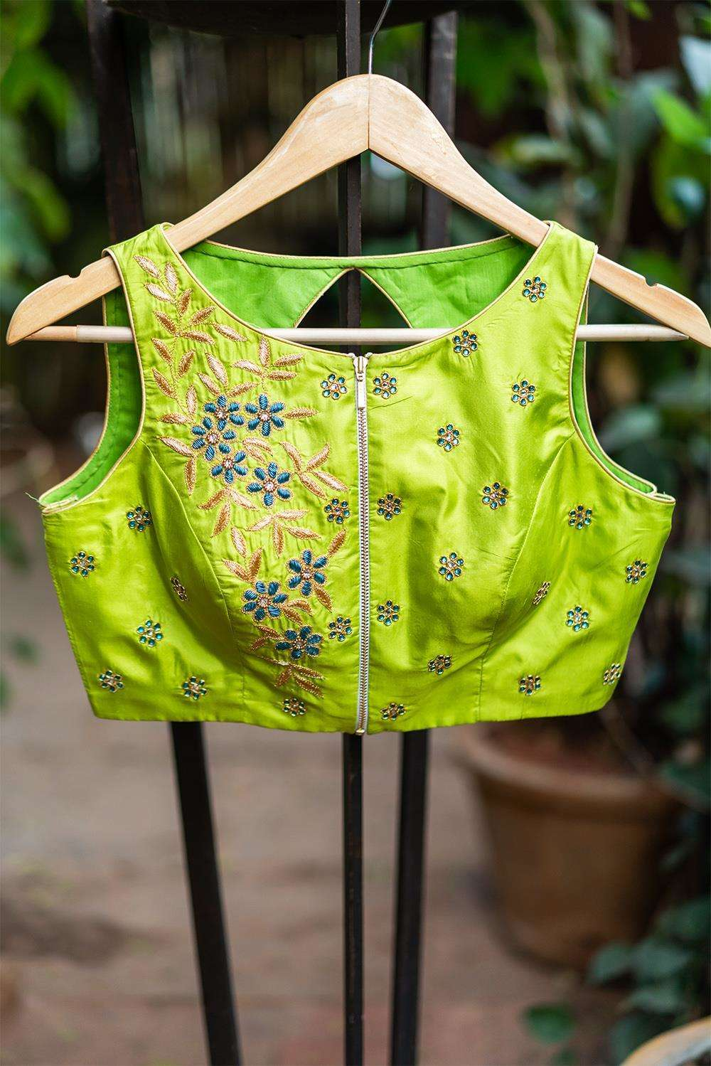 Manoi - Hand embroidered blouse
