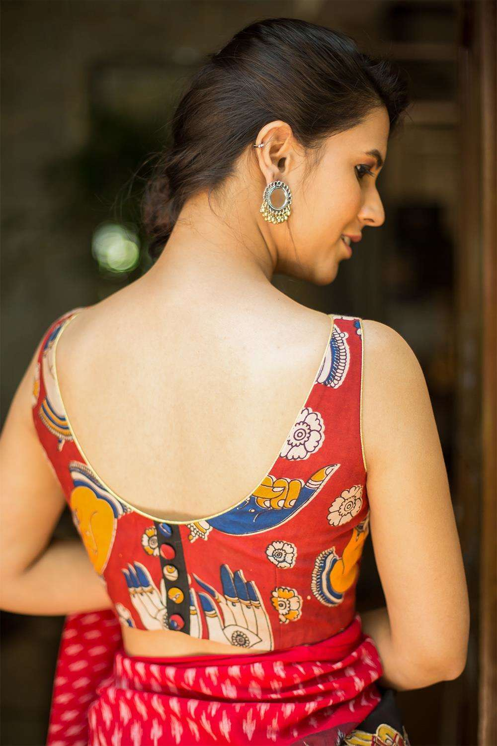 Maroon Kalamkari semi crepe boatneck sleeveless blouse - House of Blouse