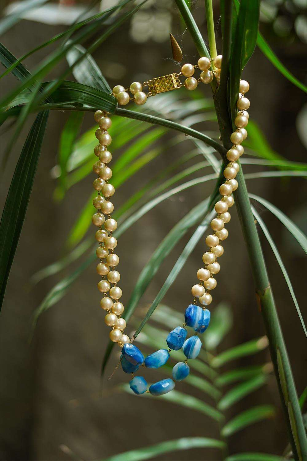 Pearls and Blue Stones String Necklace - House of Blouse