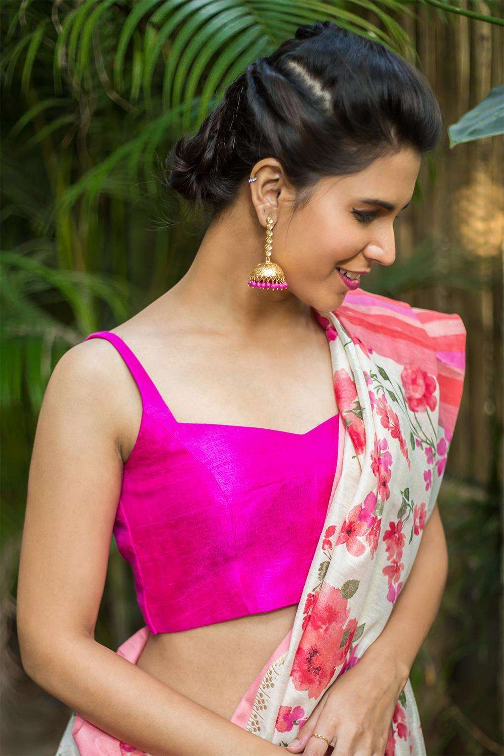 Pink raw silk sleeveless blouse with applique on back