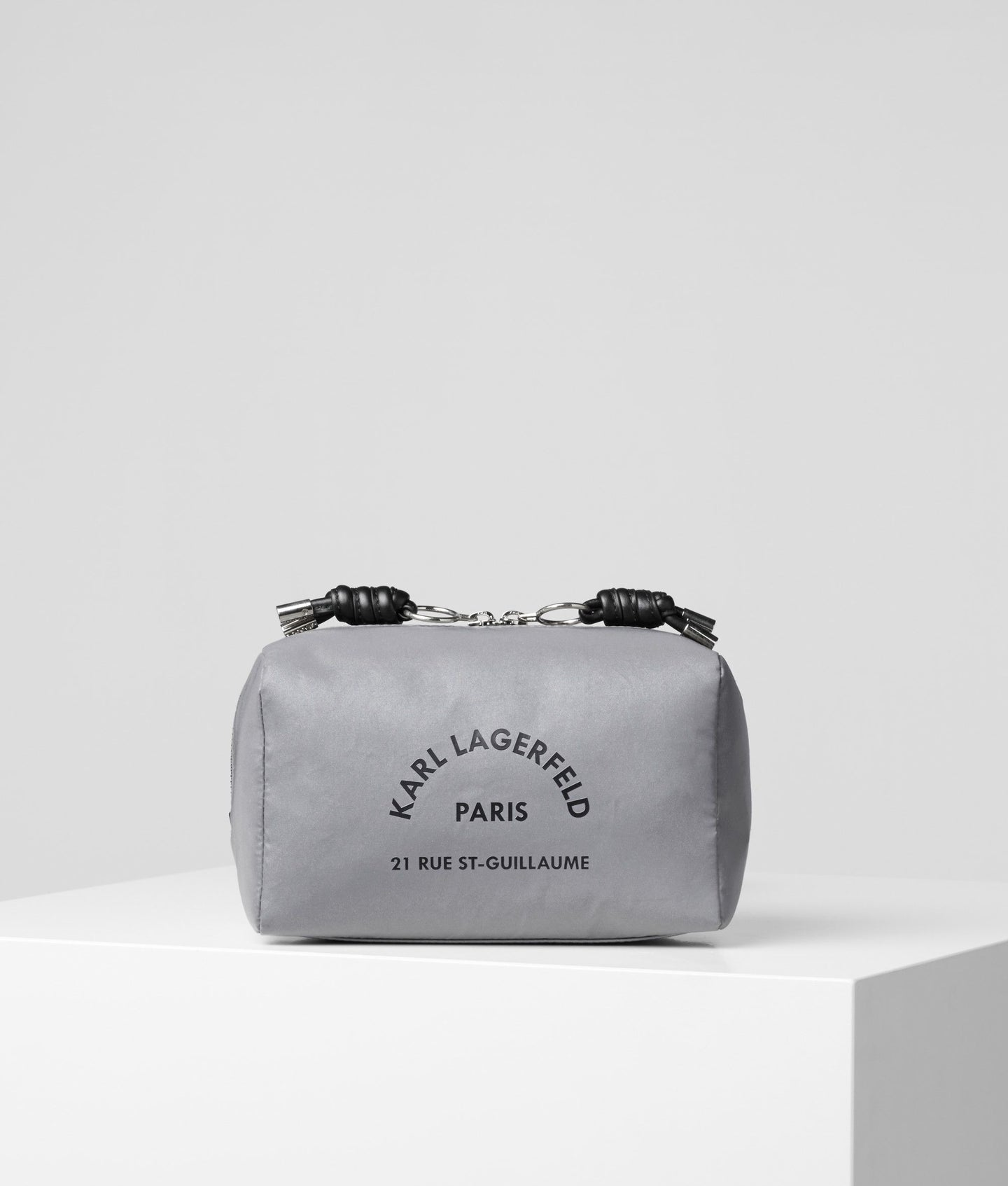 RUE ST-GUILLAUME REFLECTIVE TOILETRY BAG