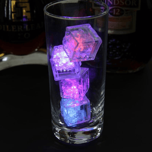 Ice cubes with LEDs for parties, weddings and more. - EbazoneShop