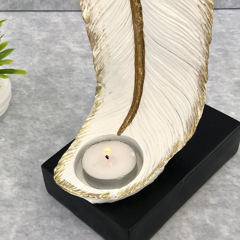 Evelyn Feather Candleholder