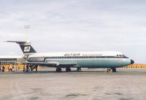 AUTAIR INTERNATIONAL BAC 111 G-AWBL at Luton -  6 x 4 Print AU010