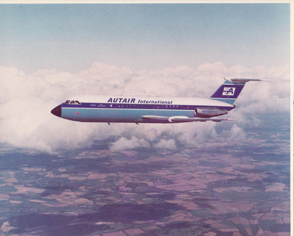 AUTAIR INTERNATIONAL BAC 111 G-AVOE in flight -  6 x 4 Print AU007