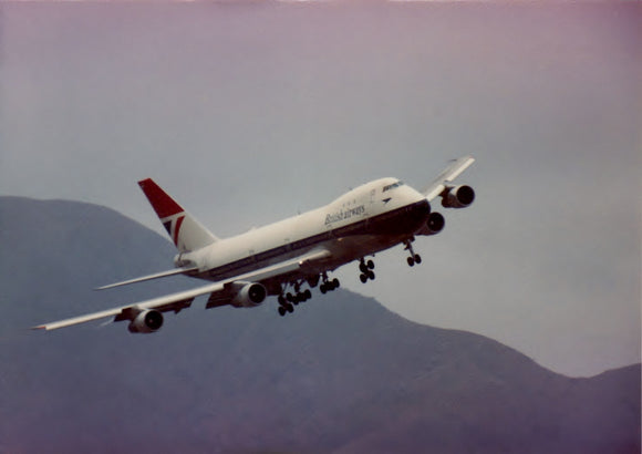 British Airways Boeing 747 G-AWNB HONG KONG KAI TAK -  6 x 4 Print BA018