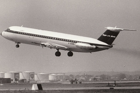 BEA BAC 111 G-AVML Departing Heathrow - OFFICIAL ORIGINAL PRINT - 9.5 x 8 inches BE002