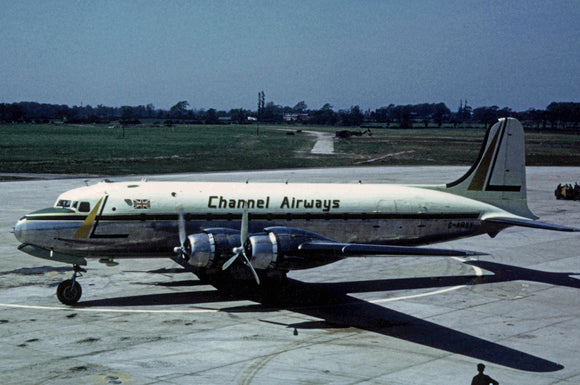 CHANNEL AIRWAYS DOUGLAS DC6 G-ARYY - 6 x 4 Print