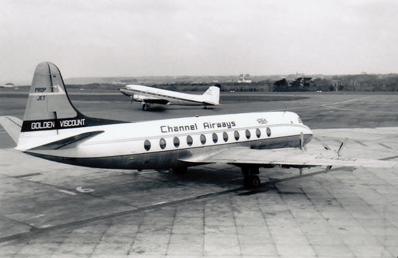 CHANNEL AIRWAYS VICKERS VISCOUNT G-AMOA - 6 x 4 Print