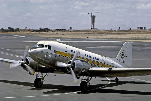 East African Airways Douglas DC3 Dakota 5X-AAQ-  6 x 4 Print EAA001