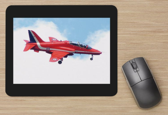 Fighter 31 RAF RED ARROWS HAWK  AIRCRAFT   -  MOUSE MAT