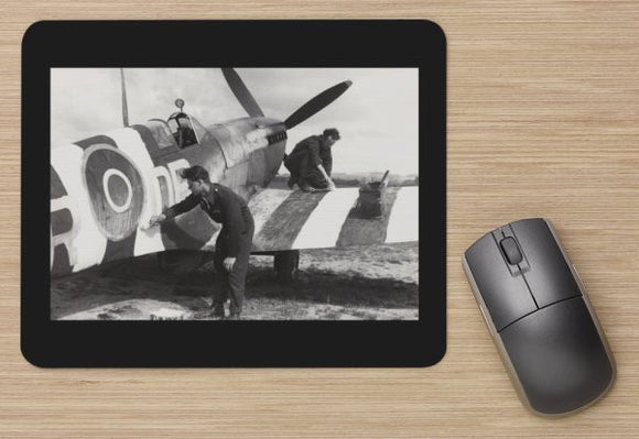 Fighter 37 RAF SPITFIRE IN INVASION MARKINGS -  MOUSE MAT